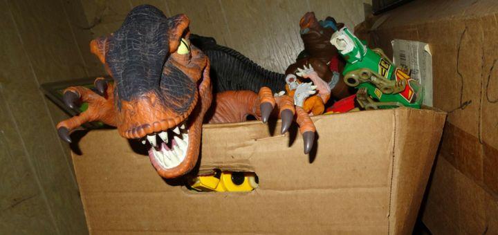 Guarda cerca los juguetes favoritos